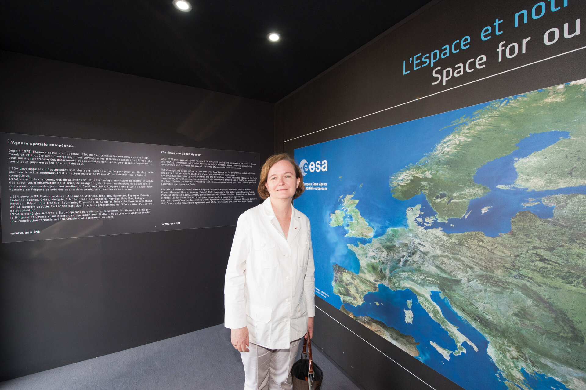 French Minister Nathalie Loiseau at the ESA Pavilion