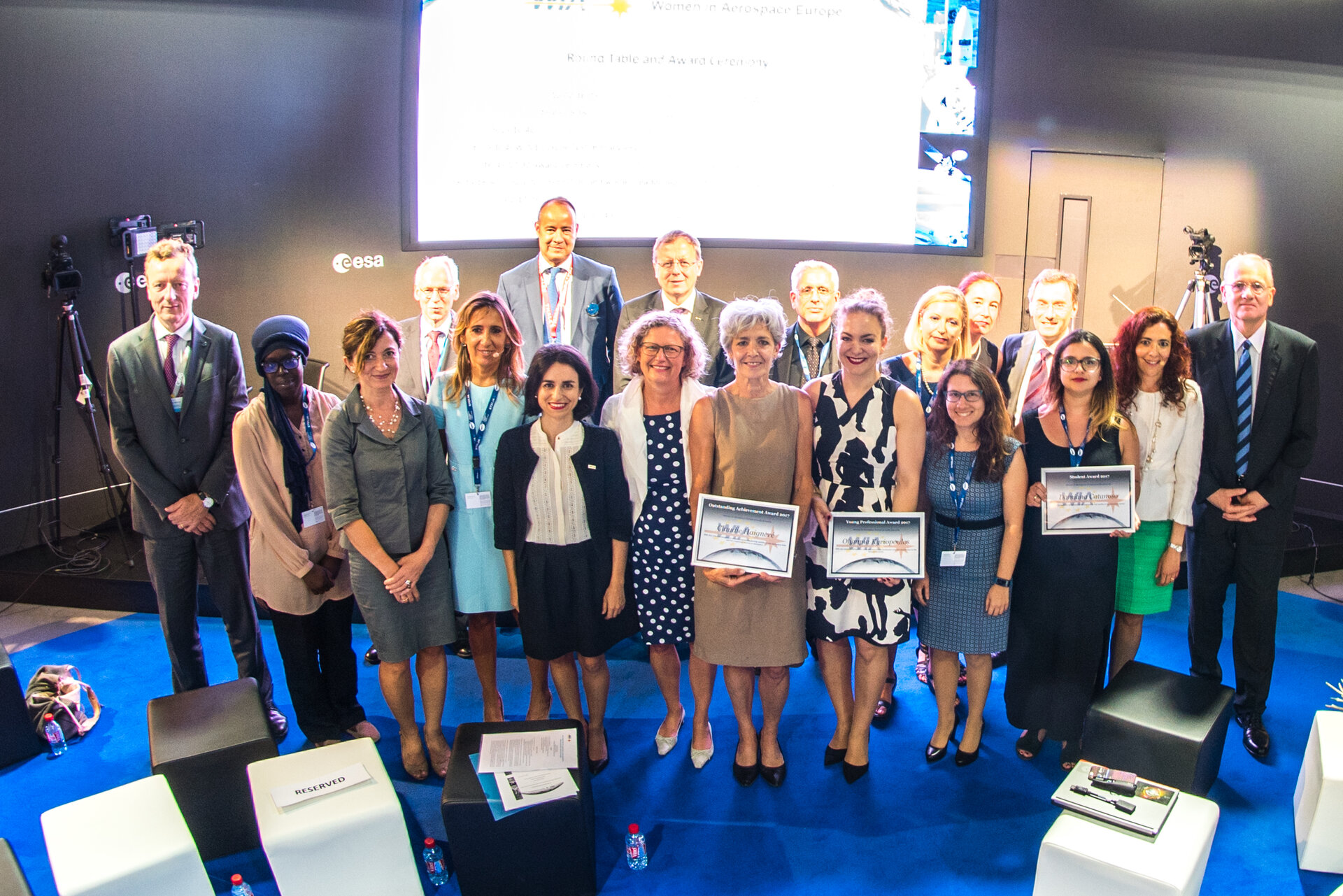Group photo after the WIA-E Awards Ceremony at ESA Pavilion