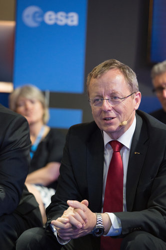 Jan Wörner during an interaction with media on 'Space 4.0'