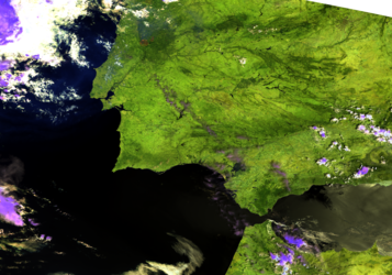 Sentinel-3 images fire