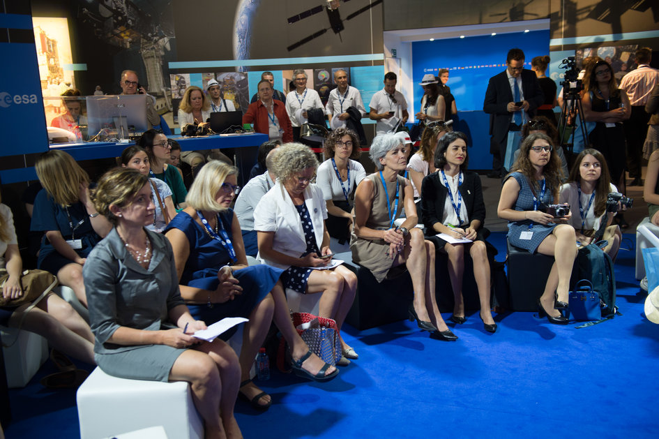 Women in Aerospace Europe Round Table