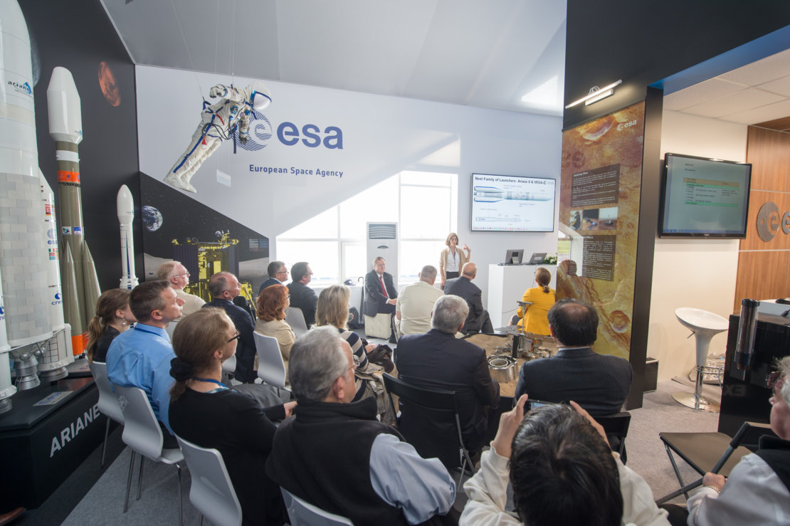 """ESA Programmes in a global context"" presentation at MAKS 2017"