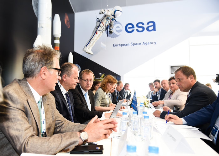 Meeting with Jan Wörner and Igor Komarov at the ESA chalet