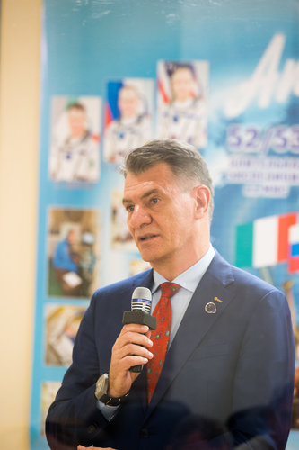 Paolo Nespoli during the State Commission meeting