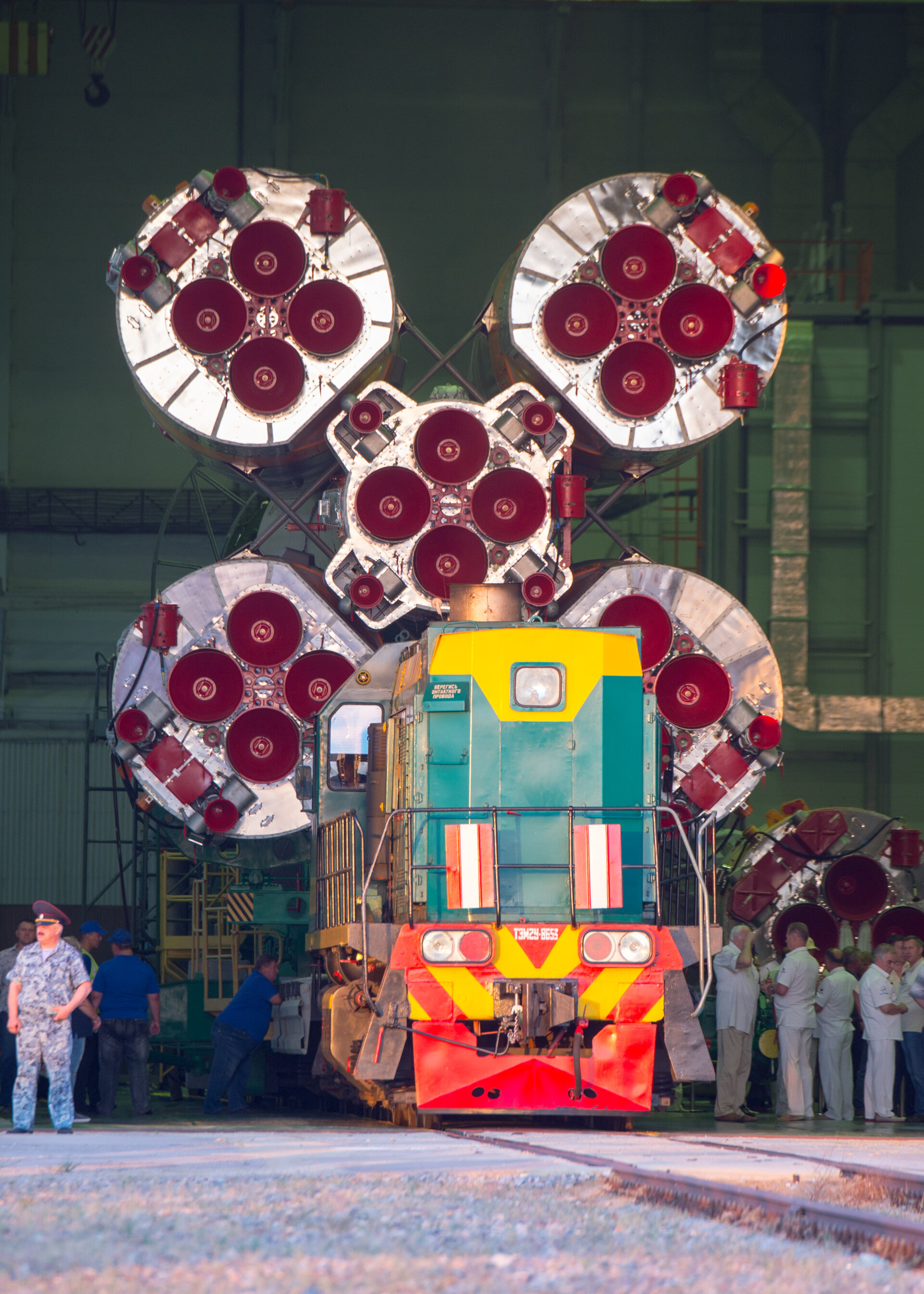Soyuz MS-05 spacecraft roll out
