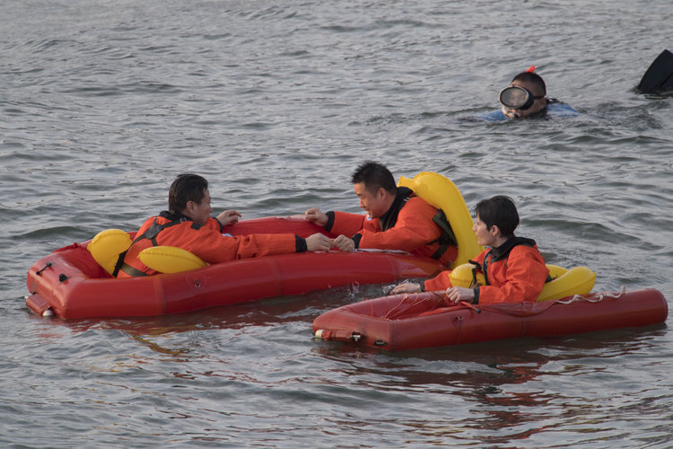 Sea survival training China