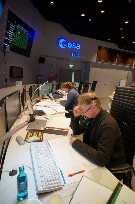 Spacecraft Operations Manager Daniel Mesples seen in the Main Control Room at ESOC, Darmstadt, Germany, on 26 September 2017 during simulation training for the launch of Sentinel-5P.