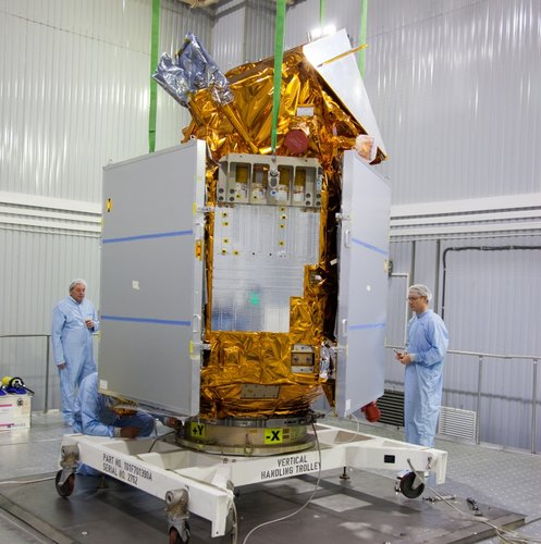 Sentinel-5P on stand for fuelling