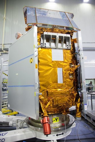 Sentinel-5P positioned for testing