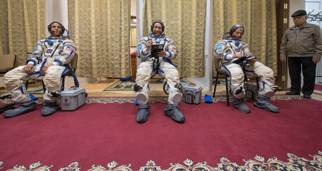 Soyuz MS-06 qualification exams
