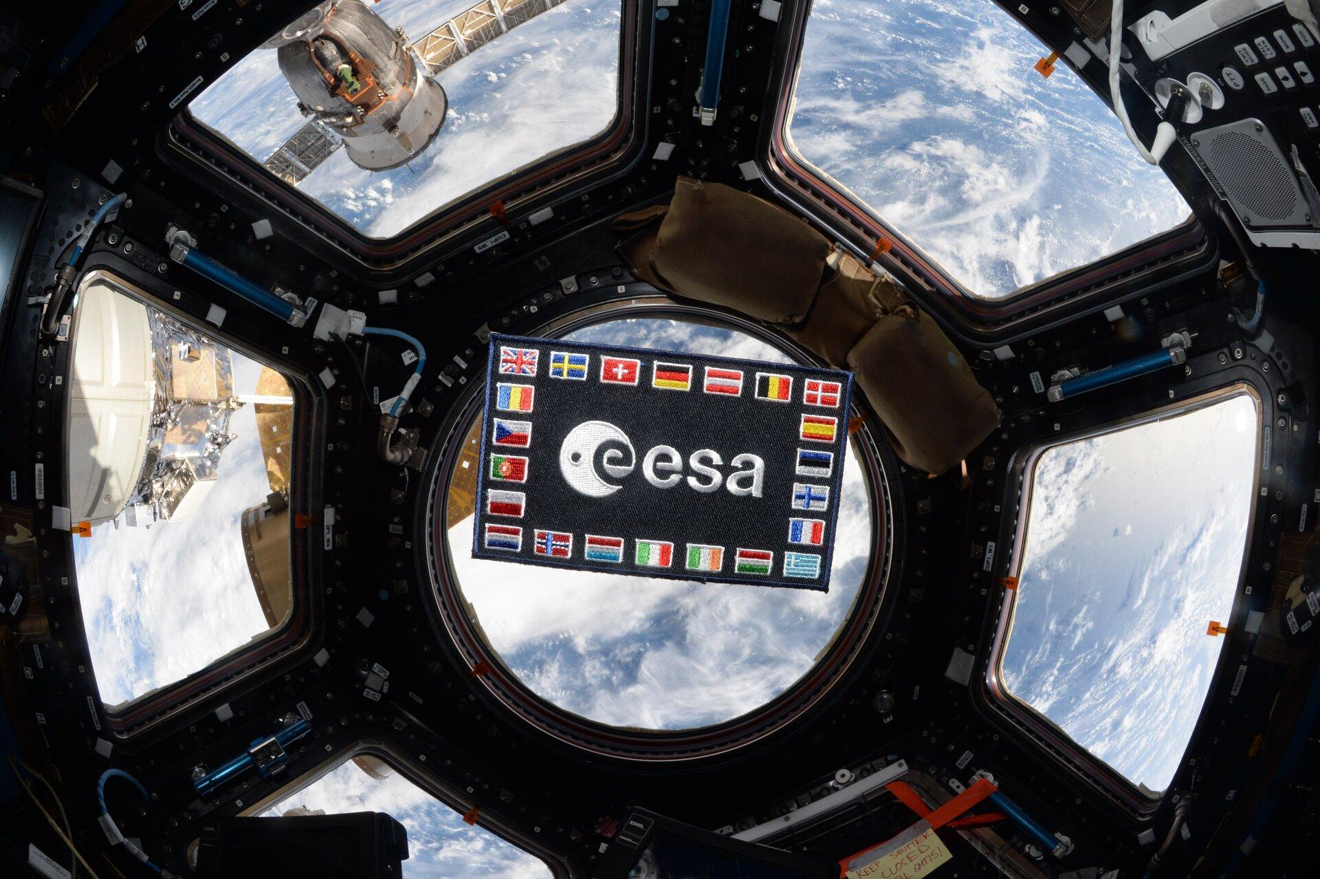 © ESA/NASA