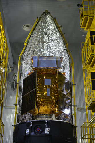 Sentinel-5P seen during the encapsulation within the launcher fairing