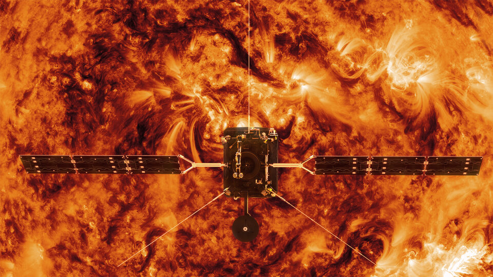 Solar Orbiter facing the Sun close up