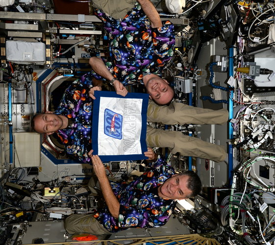 Paolo Nespoli and expedition 51/52 crew mates mark 100 days in space