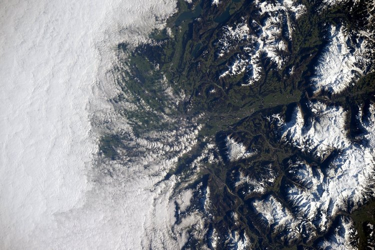 The wintry beauty of the Alps from the International Space Station