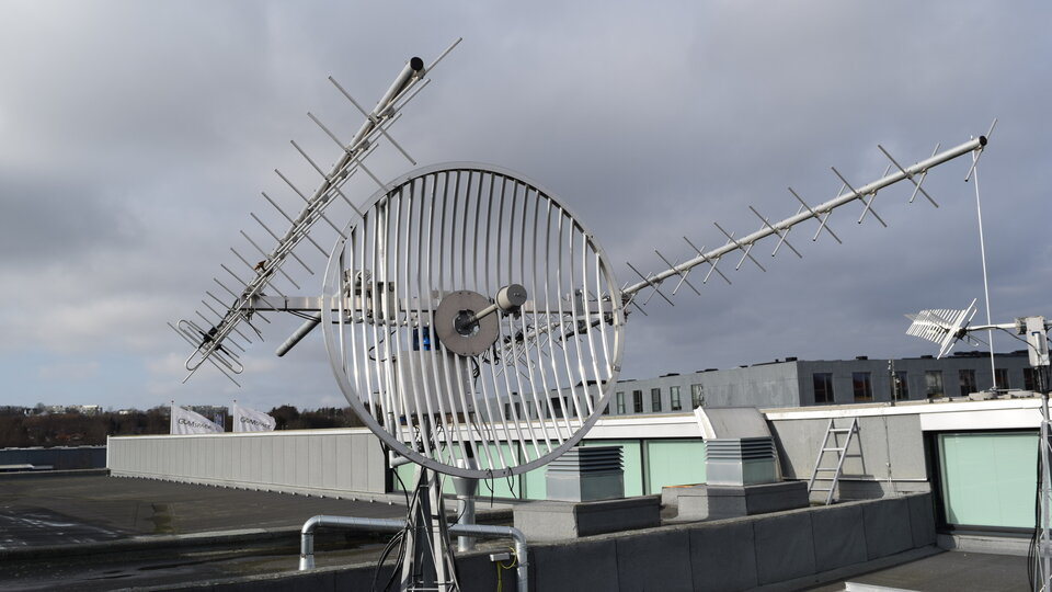 Ground antenna for CubeSats