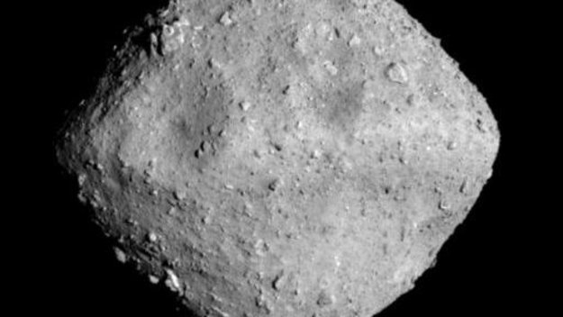 Spinning-top asteroids, from Rosetta to Hayabusa2 – and ... Rosetta
