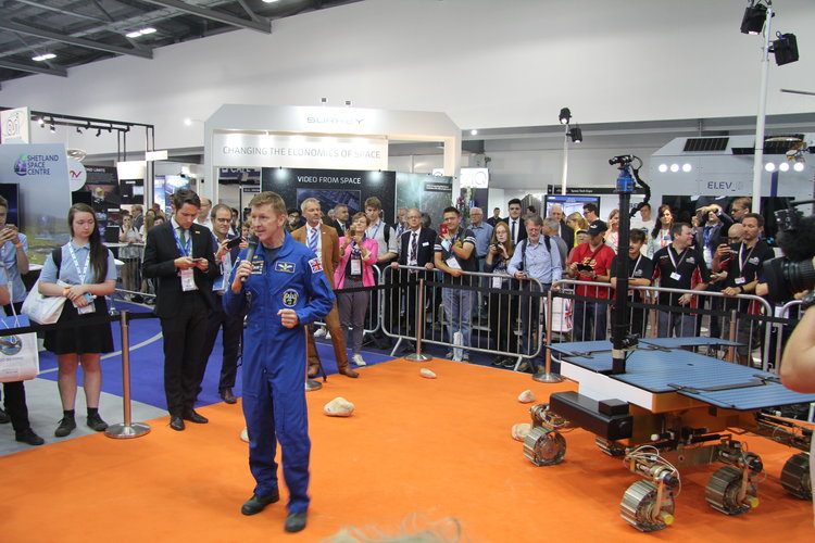 ESA astronaut Tim Peake announces ExoMars rover naming competition