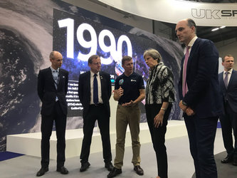 Tim Peake shows UK PM Theresa May around Farnborough Airshow 2018