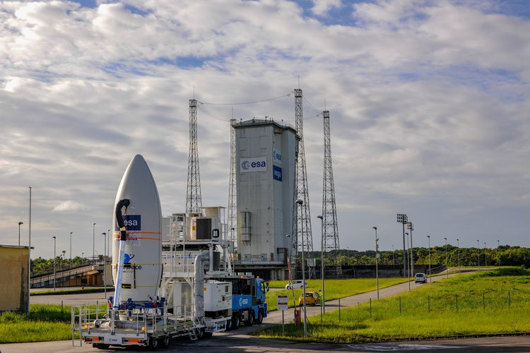 Aeolus heads for launch pad
