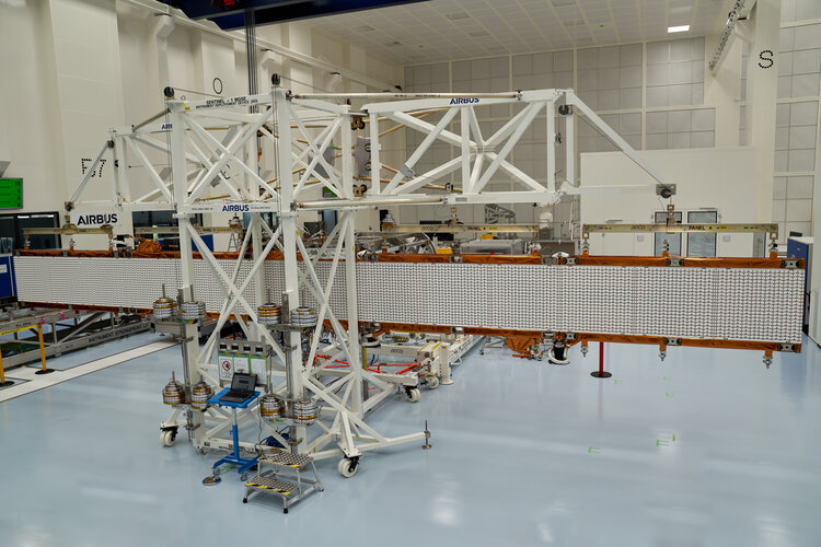 Copernicus Sentinel-1C radar antenna deployed