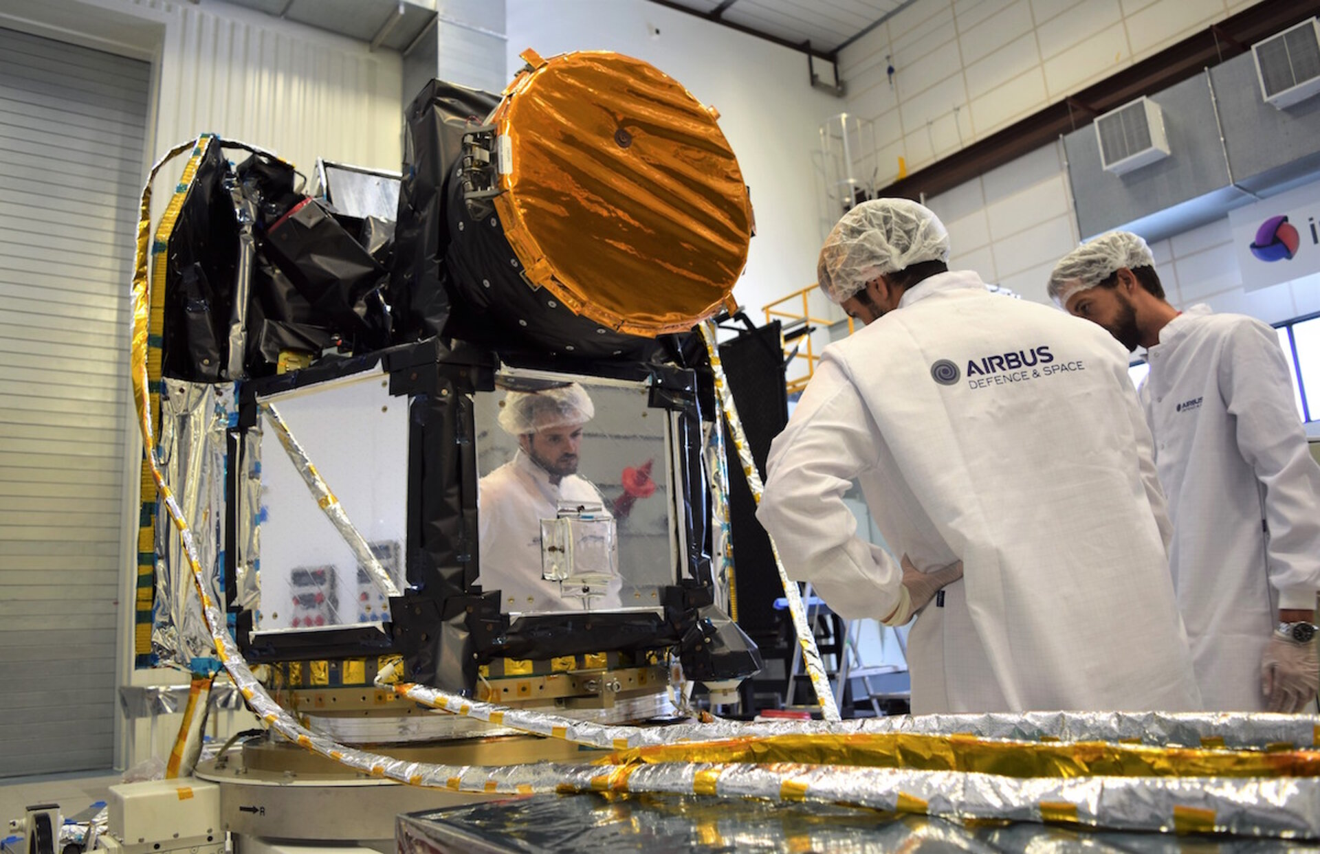 Inspecting the fully-integrated Cheops satellite
