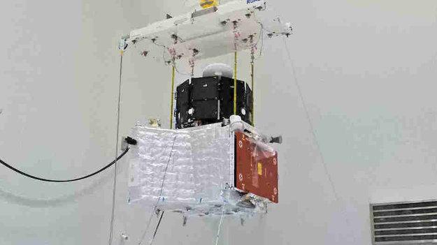 Speeding up the space industry with digitalised satellites