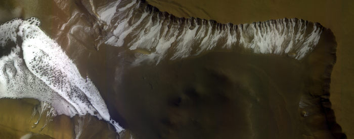 Frosty_crater_on_Mars_node_full_image_2.png
