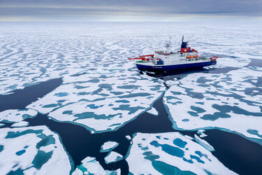 The Multidisciplinary drifting Observatory for the Study of Arctic Climate (MOSAiC) expedition will make a major contribution to Arctic climate science.