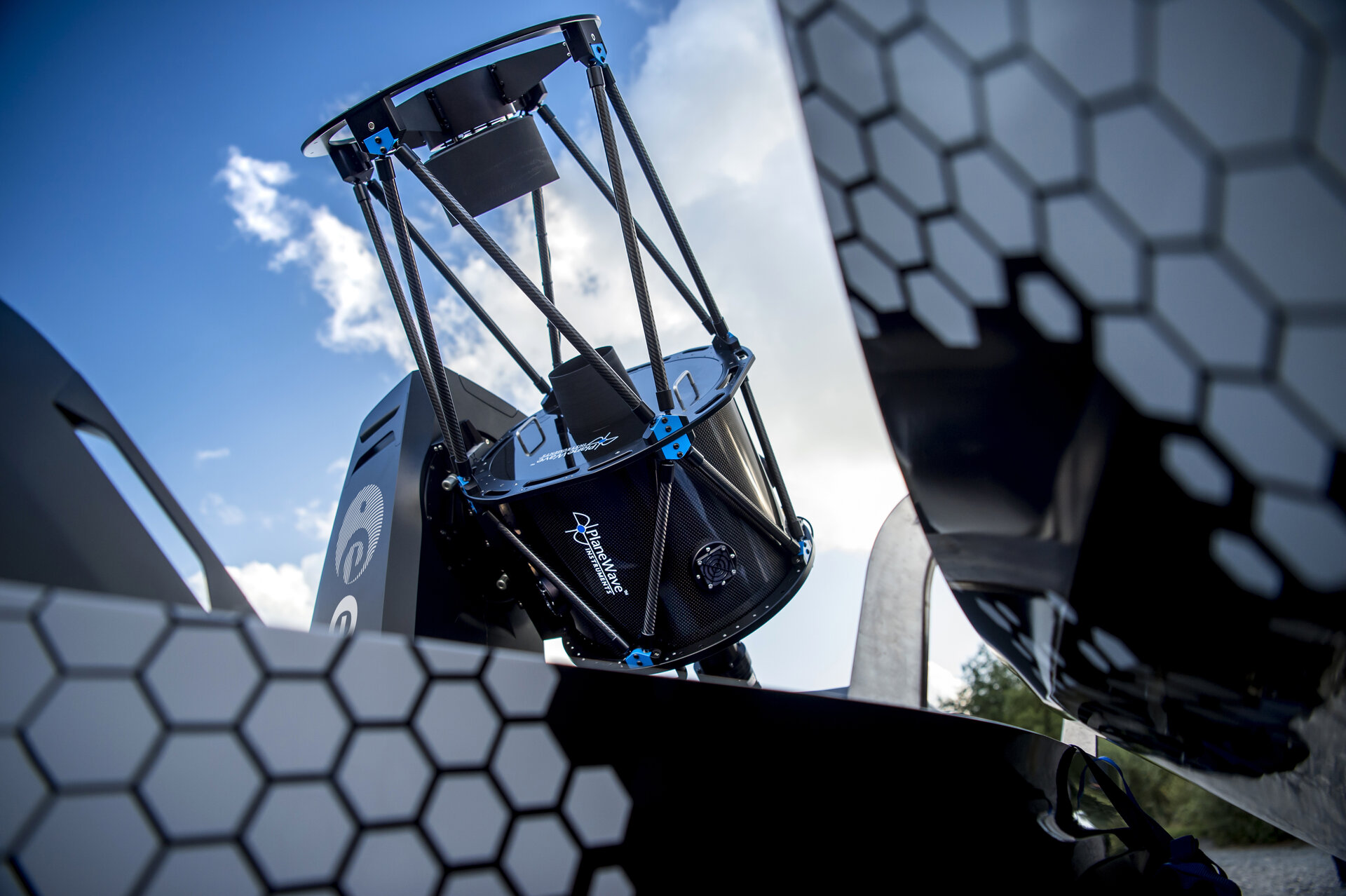 PlaneWave telescope, transported by Nissan's Navara 'Dark Sky' concept vehicle