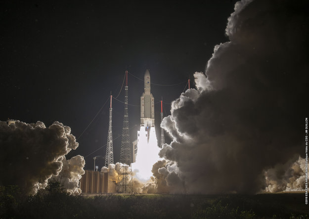 http://www.esa.int/var/esa/storage/images/esa_multimedia/images/2018/10/bepicolombo_liftoff3/17826581-3-eng-GB/BepiColombo_liftoff_large.jpg
