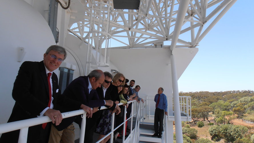 EU Ambassadors delve into deep space at ESA's New Norcia tracking station