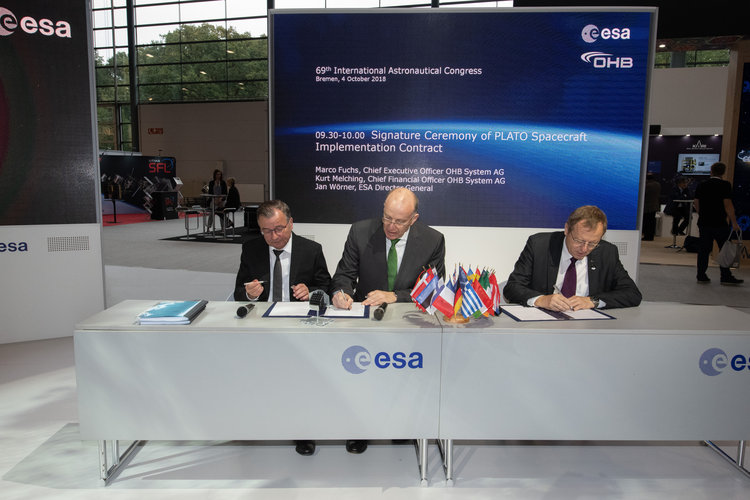 Signature Ceremony of PLATO Spacecraft Implementation Contract