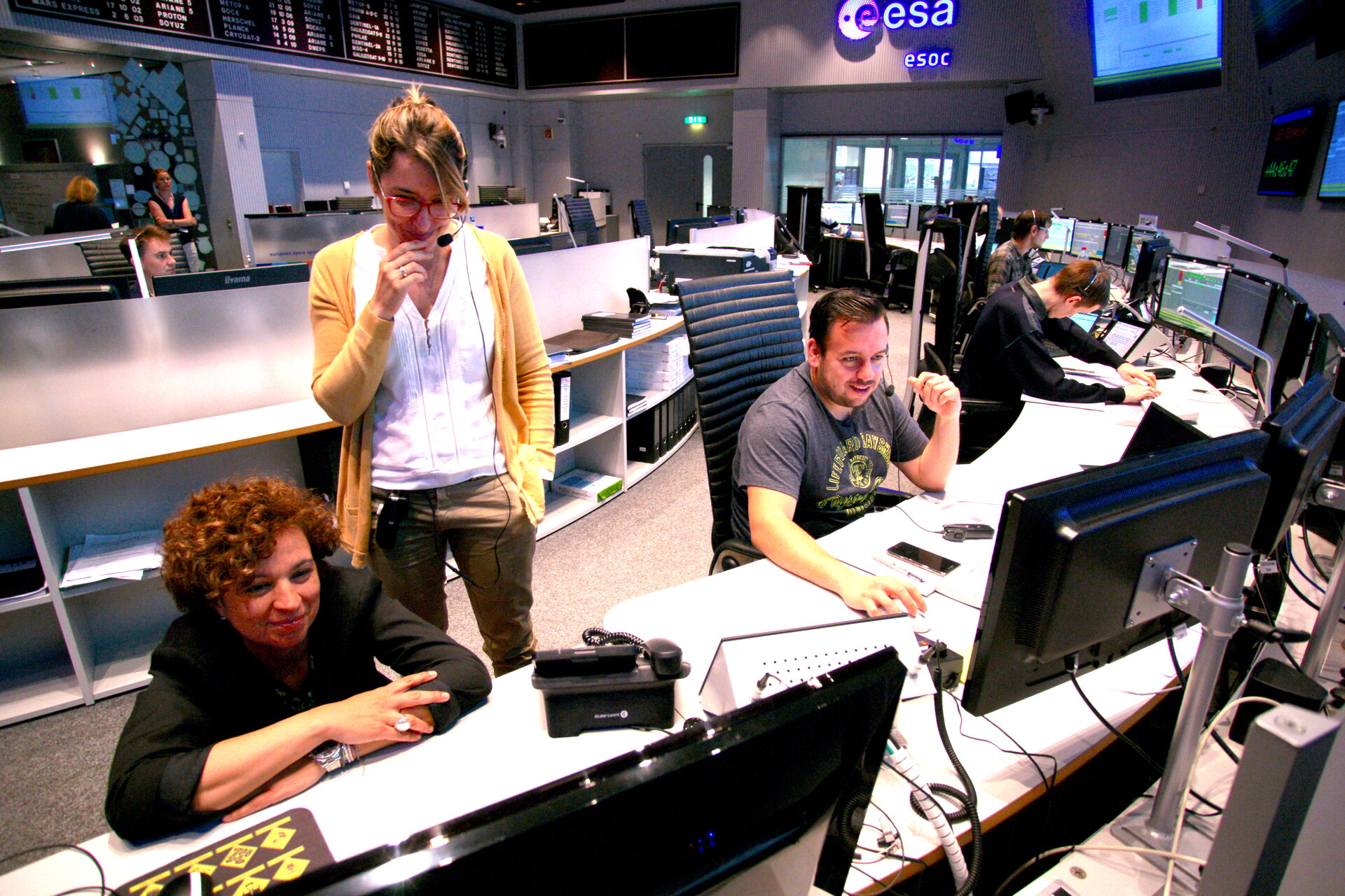 Teams at mission control in BepiColombo simulation