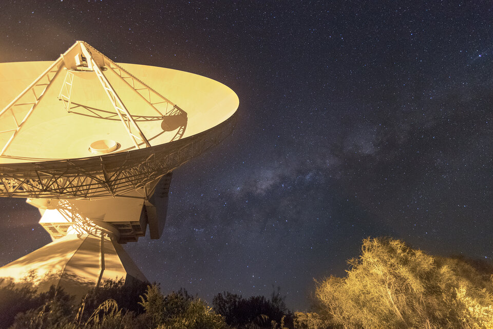 ESA's New Norcia station is one of three deep dishes the Agency uses to communicate across deep space