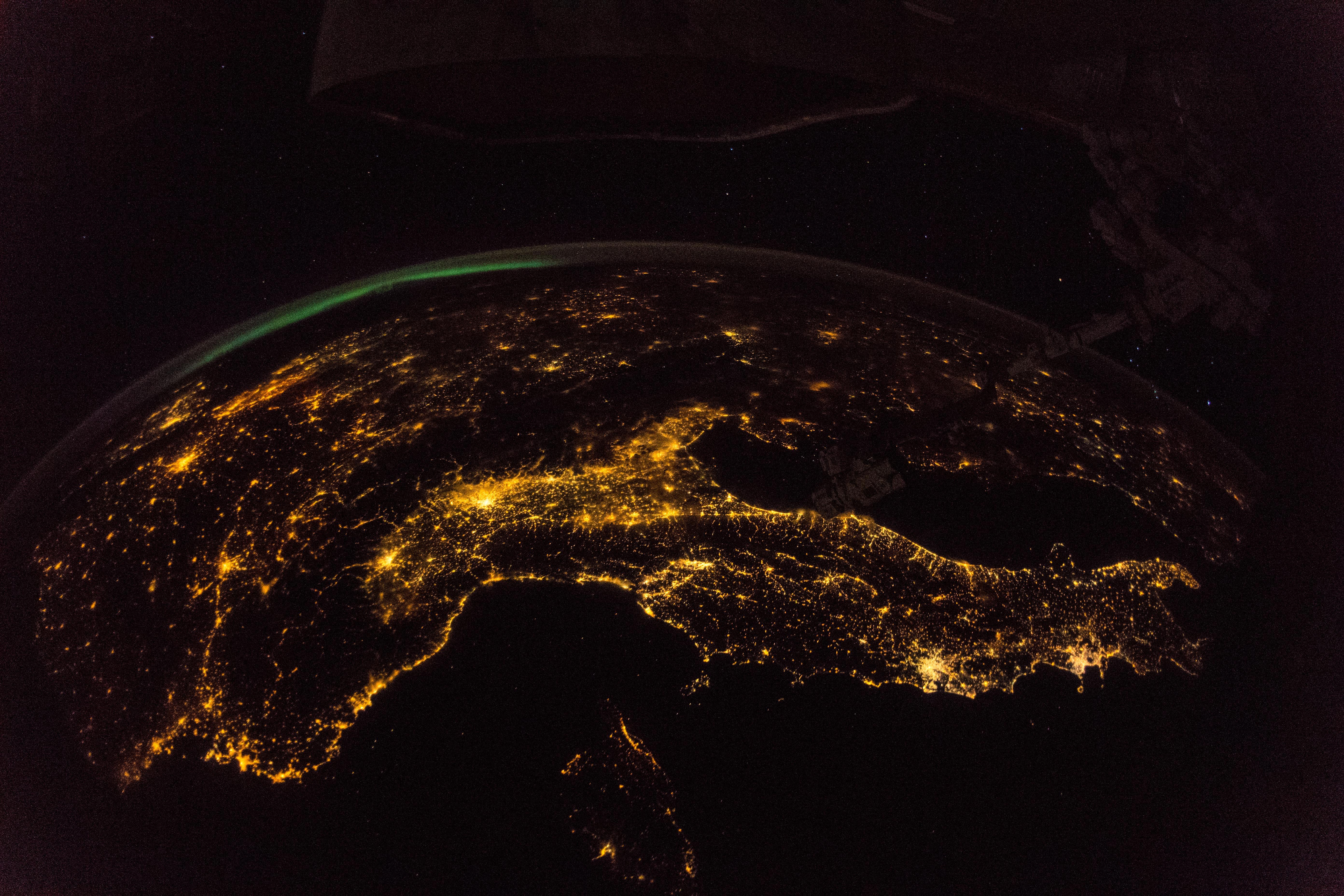 nasa night lights - HD5568×3712