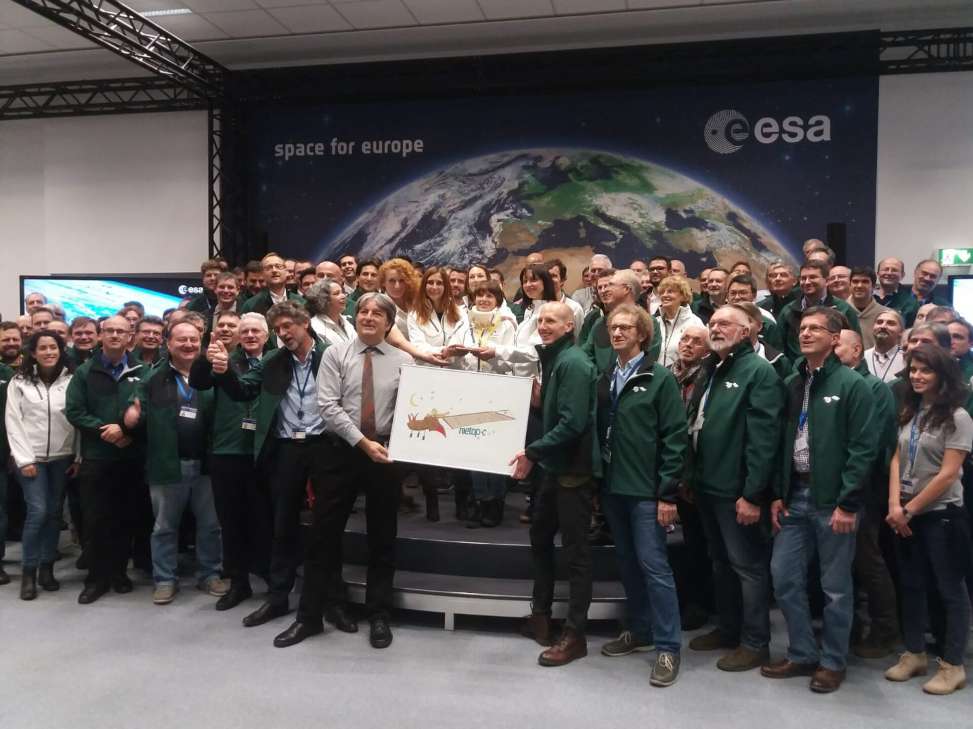 The MetOp-C team of teams during pre-launch briefing