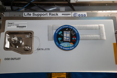 Advanced Close Loop System life support rack