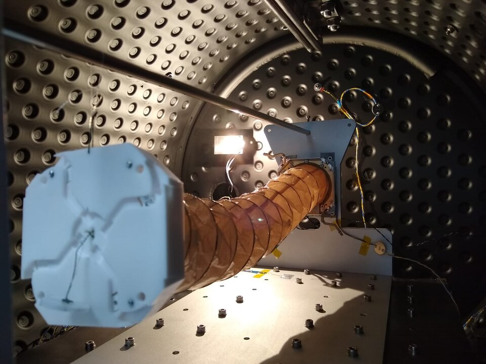 Deployment test of the 3CAT-4 L-band antenna inside the thermal vacuum chamber