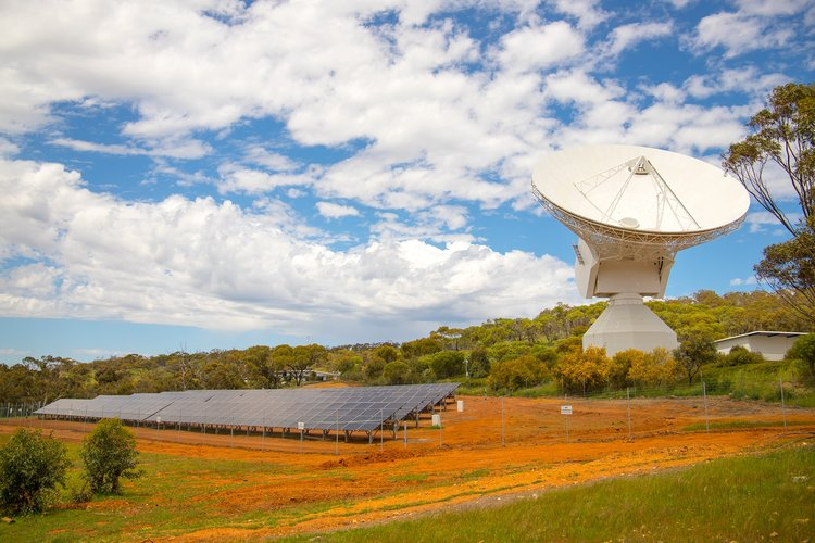 New Norcia antenna completes one year powered by the Sun