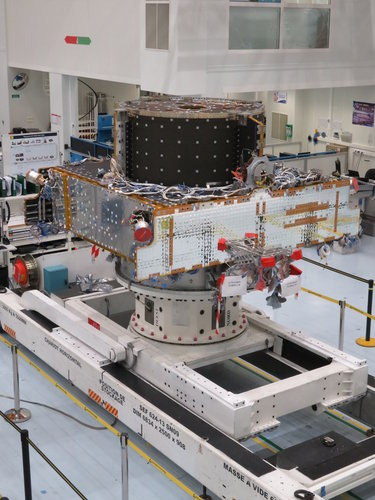 First Spacebus Neo service module