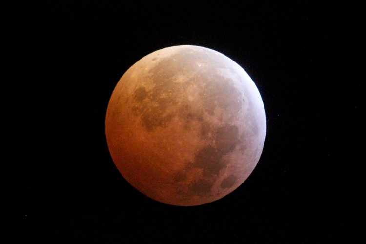 Lunar eclipse – 21 January 2019