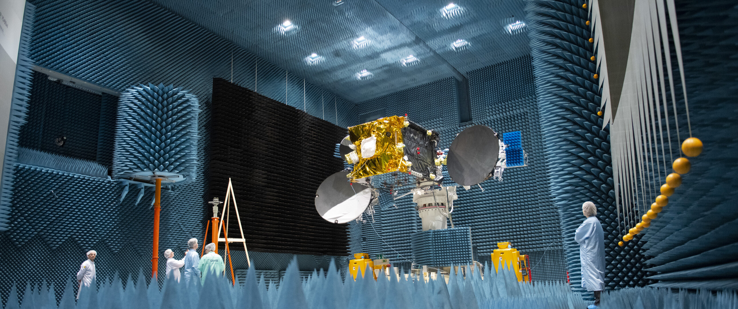 EDRS-C in Airbus's Compact Antenna Test Range facility