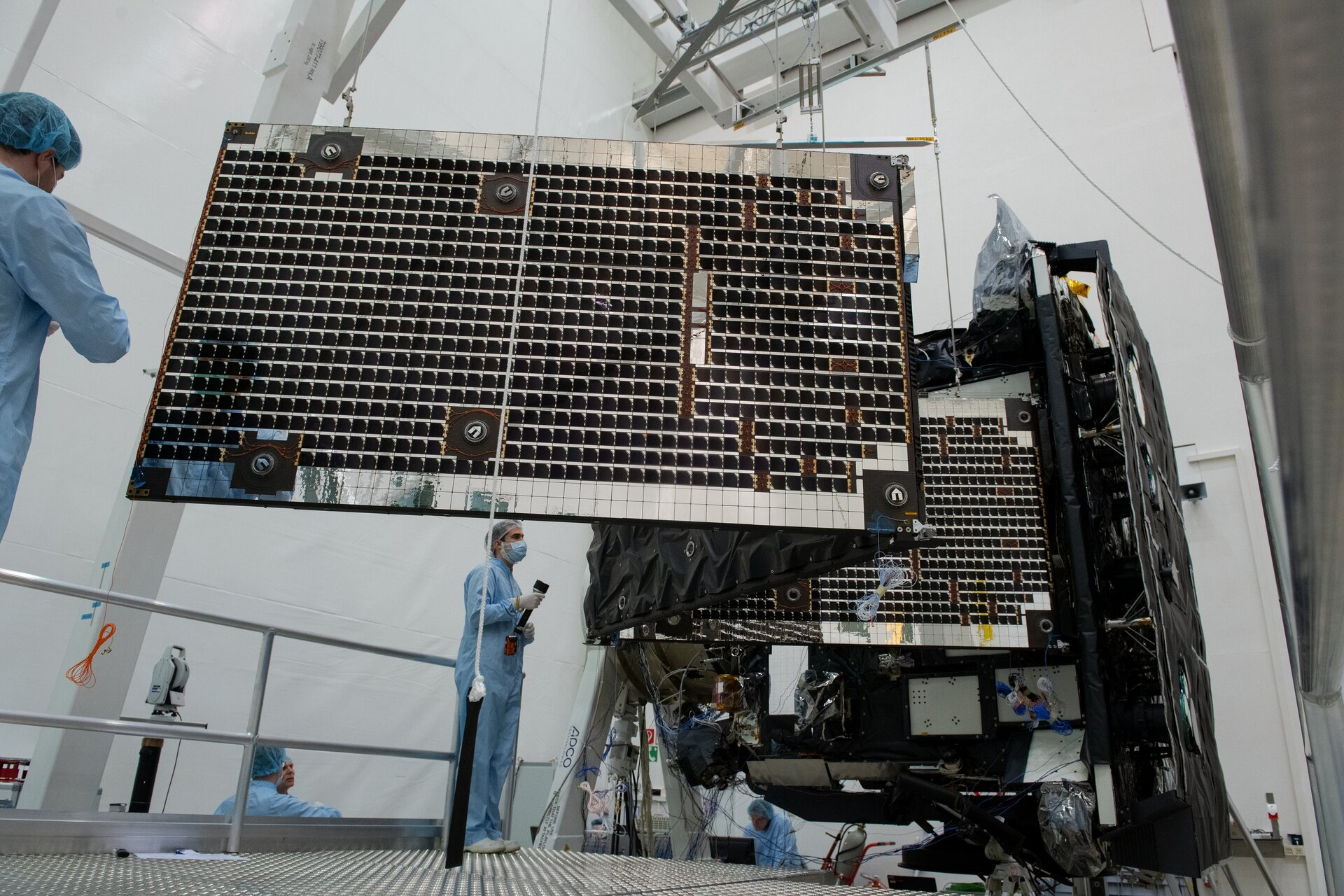 Solar Orbiter array deployment test