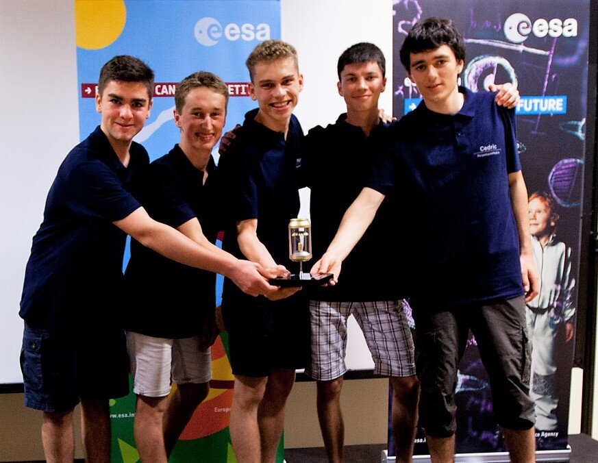 Team PerpetuumMobile from Germany winning the Best CanSat Project 2019