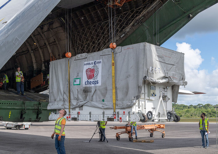Cheops arrives in Kourou