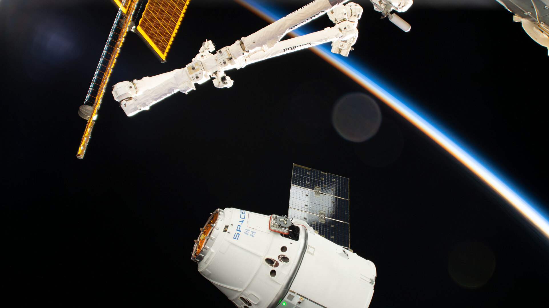 The SpaceX Dragon approaches the International Space Station
