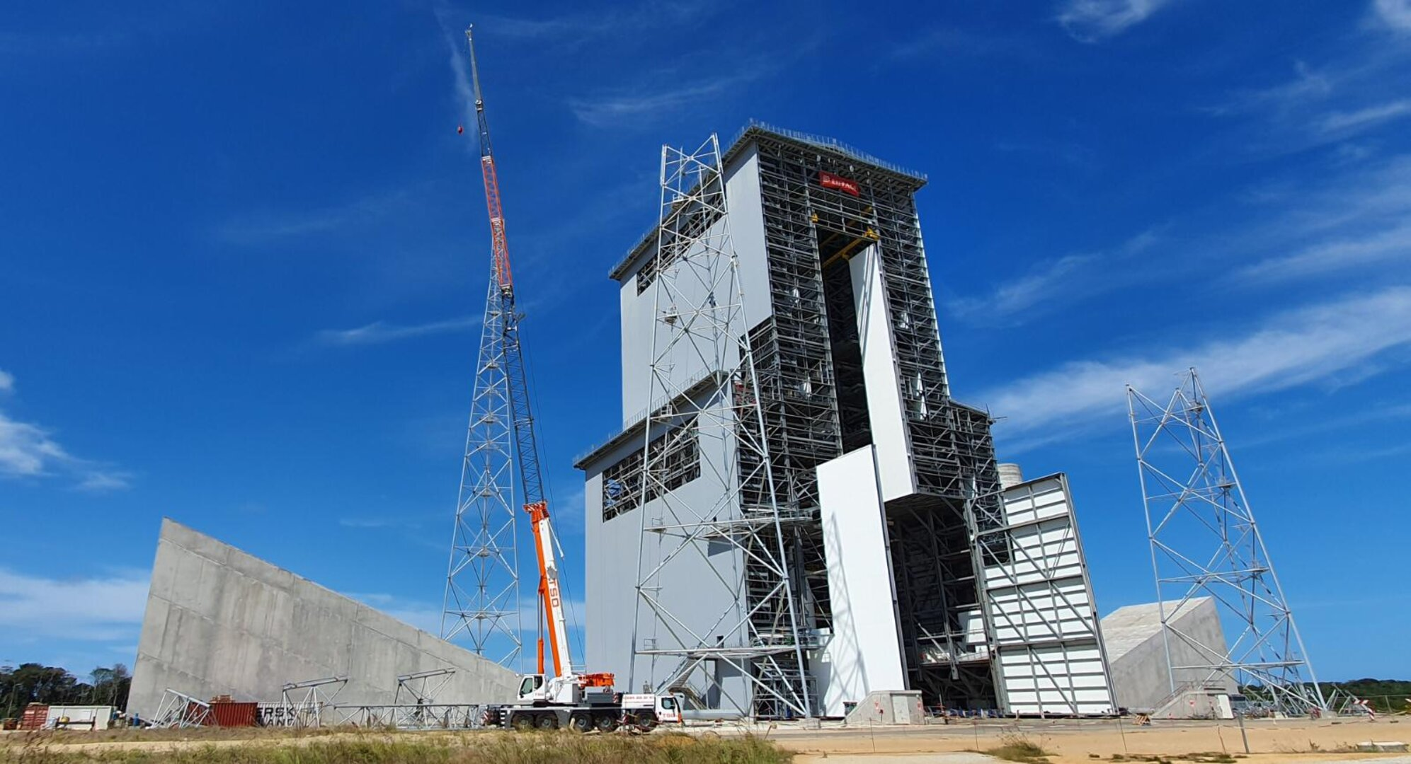 Ariane 6 mobile gantry over the launch pad
