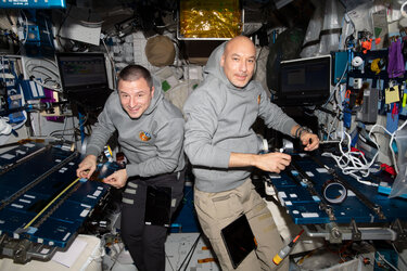Astronauts Luca Parmitano and Andrew Morgan in Columbus