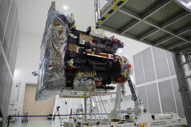 Solar Orbiter unpacking